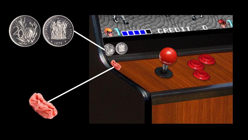 Arcade Machine with Bubblegum & 20c